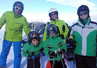 Cursos de esquí para familias en Madrid