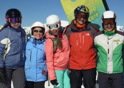 Clases de esquí para adultos en Valdesquí Cursos de esquí para jóvenes y adultos