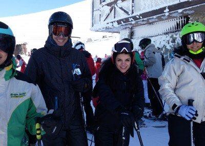Cursos de esquí para jóvenes y adultos