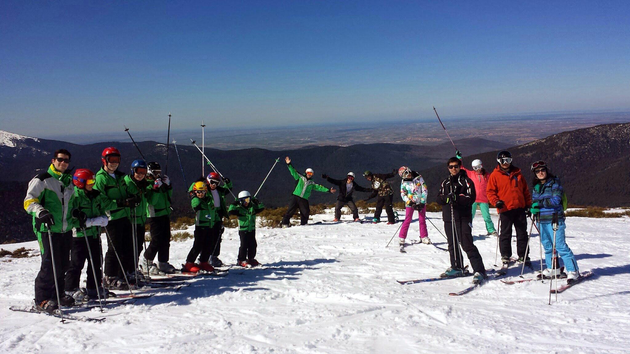 Cursos de esquí para familias en Madrid | OFERTA ESPECIAL