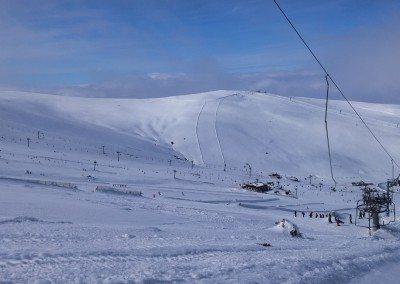 Club de esquí en Madrid Grupo Joven en Valdesquí