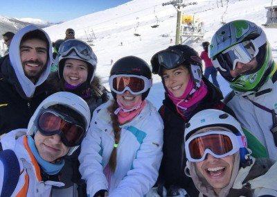 cursos-con-clases-de esqui-para-jovenes-y-adultos-sabados-y-domingos-en-valdesqui