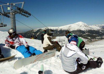 club_de_snowboard_en_madrid_grupo_joven