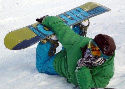 club_de_snowboard_en_navacerrada_madrid_grupo_joven