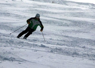 Cursos de esquí en Madrid para jóvenes y adultos