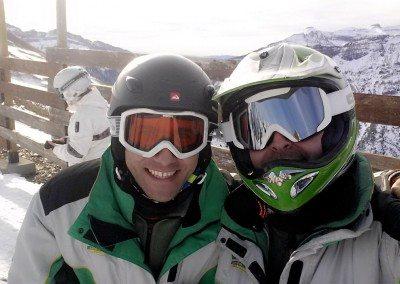 Viajes de esquí con monitores para jóvenes Club Grupo Joven