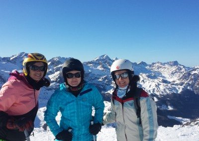 Viajes de esquí organizados desde Madrid a Astún Pirineo Aragonés Club Grupo Joven