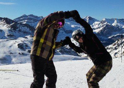 Viajes_de_snowboard_organizado_desde_Madrid_con_autobus_a_Astun_pirineo_aragones