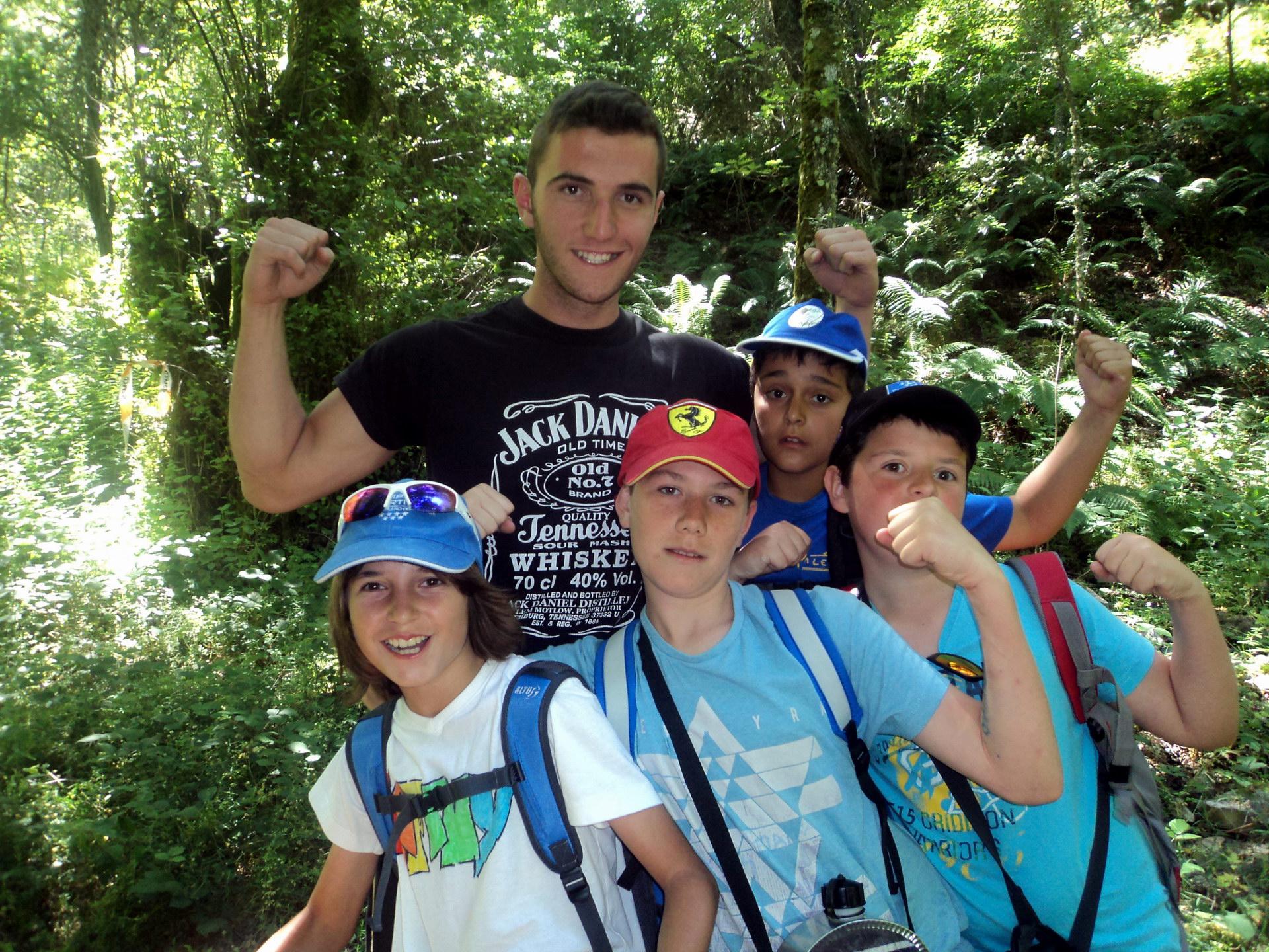 Campamentos de Verano en España para niños jóvenes adolescentes Multiaventura excursiones