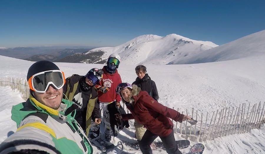 acc1b2e006 ... Clases de esquí en Valdesquí | Curso niños VIP | Club de esqui en  Madrid Grupo ...