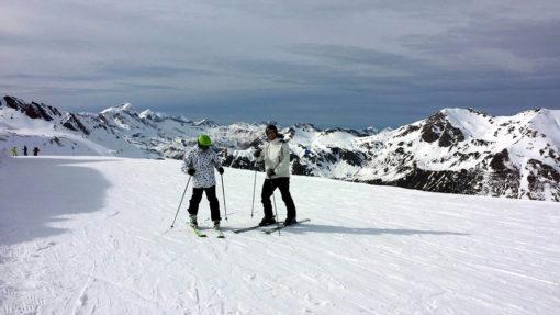 Viaje de esquí a Astún organizado Semana de Reyes ski snowboard