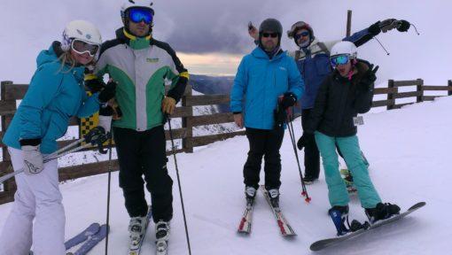 Viaje de esquí a Astún organizado desde Madrid Club Grupo Joven