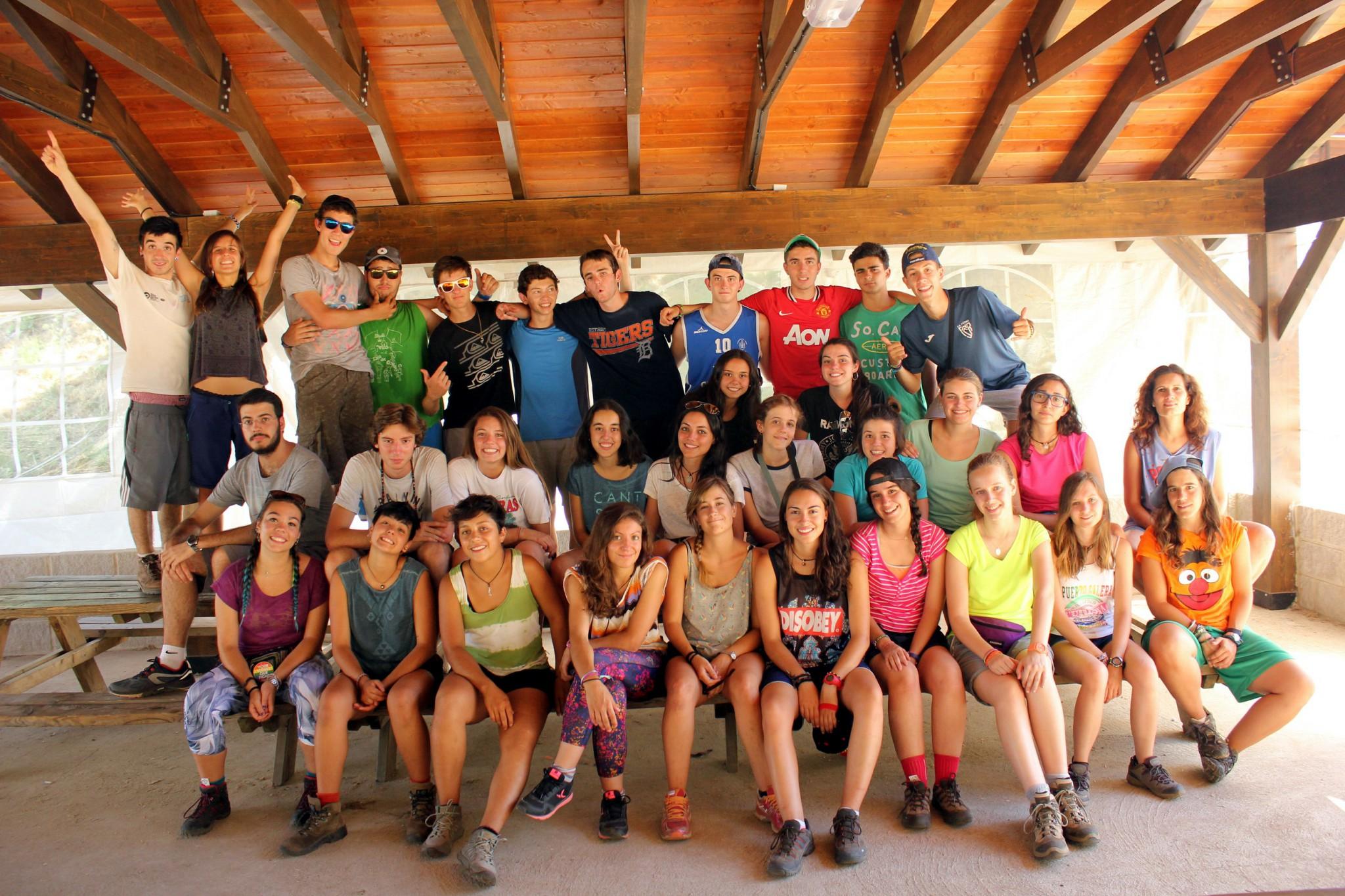 Campamentos de verano en España León carpa