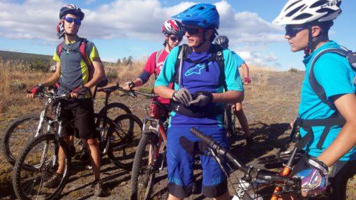 Campamento de Bicicleta de montaña en León España con rutas para adolescentes jóvenes Grupo Joven campus de Mountain Bike