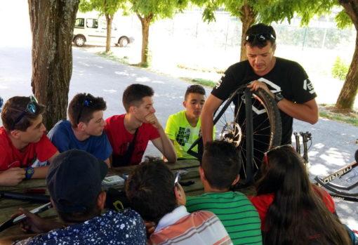 Campamentos de verano de bicicleta de montaña - mountain bike en España para jóvenes