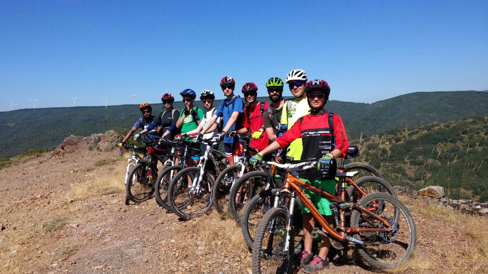 actividades en la montaña para niños