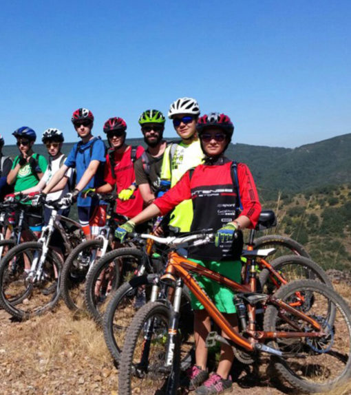 Campamento de Mountain Bike para jóvenes en España León | Bicicleta Montaña Deportes y Playa