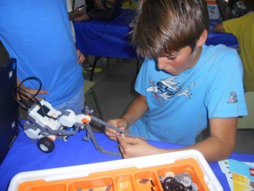 Campamento de tecnología para jóvenes en España Leon Robótica tecnología