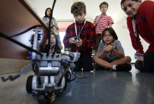 Campamento de tecnología para jóvenes en España Leon Trabajo en equipo