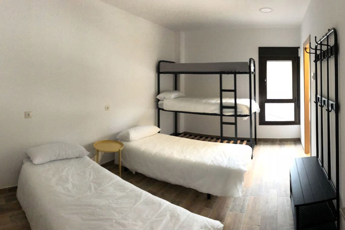 Campamentos de verano en habitaciones con baño y wifi