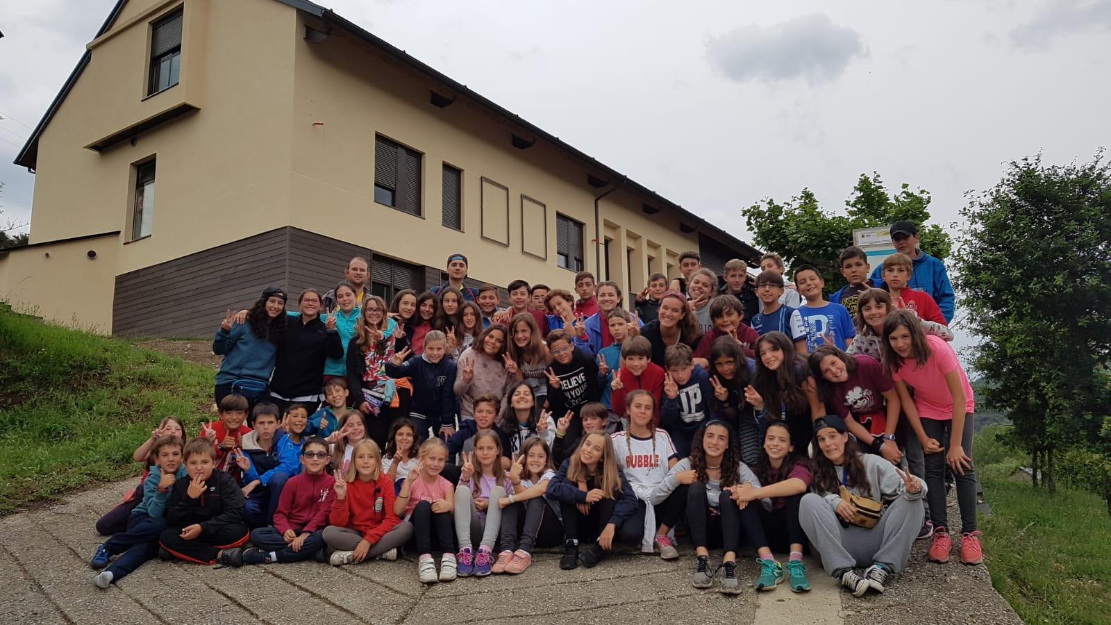 Campamento multiaventura para niños en albergue España Castilla y León