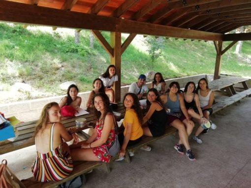 Campamento de verano para adolescentes talleres juegos y tiempo libre activo