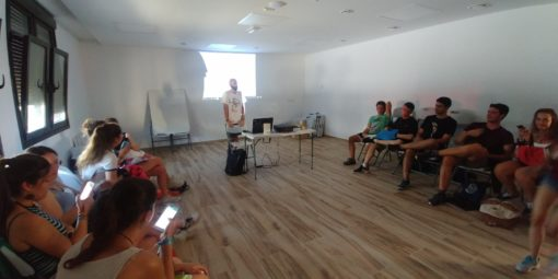 Curso de monitor de tiempo libre en verano intensivo clases
